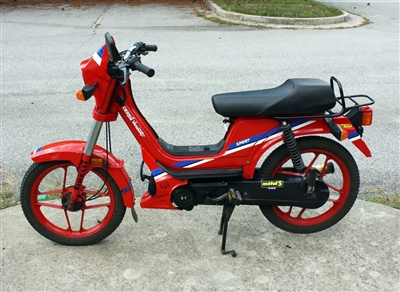 Euro Derbi Variant Moped -Red